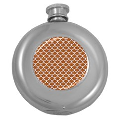 Scales1 White Marble & Rusted Metal Round Hip Flask (5 Oz) by trendistuff