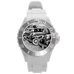Vehicle Car Transportation Vintage Round Plastic Sport Watch (l)