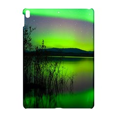 Green Northern Lights Canada Apple Ipad Pro 10 5   Hardshell Case by Sapixe
