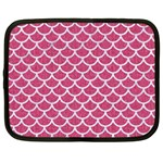 SCALES1 WHITE MARBLE & PINK DENIM Netbook Case (XXL)  Front