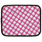 HOUNDSTOOTH2 WHITE MARBLE & PINK DENIM Netbook Case (XL)  Front