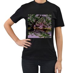 Hot Day In Dallas 31 Women s T Shirt (black) (two Sided)