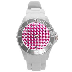 Houndstooth1 White Marble & Pink Leather Round Plastic Sport Watch (l) by trendistuff