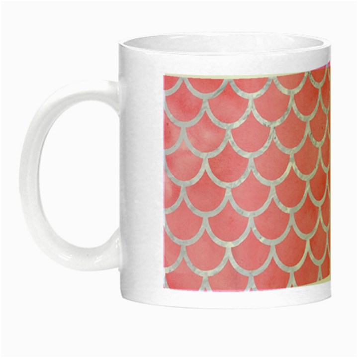 SCALES1 WHITE MARBLE & PINK WATERCOLOR Night Luminous Mugs