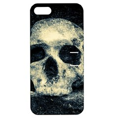 Skull Apple Iphone 5 Hardshell Case With Stand by FunnyCow