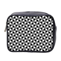 Triangle Pattern Simple Triangular Mini Toiletries Bag 2 Side by Nexatart