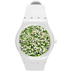 Green Field Of White Daisy Flowers Round Plastic Sport Watch (m) by FunnyCow