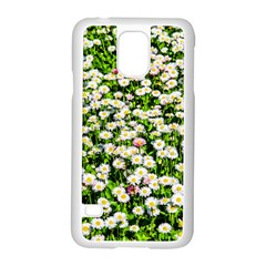 Green Field Of White Daisy Flowers Samsung Galaxy S5 Case (white) by FunnyCow