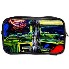 Between Two Moons 1 Toiletries Bag (two Sides)