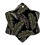 Jungle Leaves Tropical Pattern Ornament (Snowflake) Front