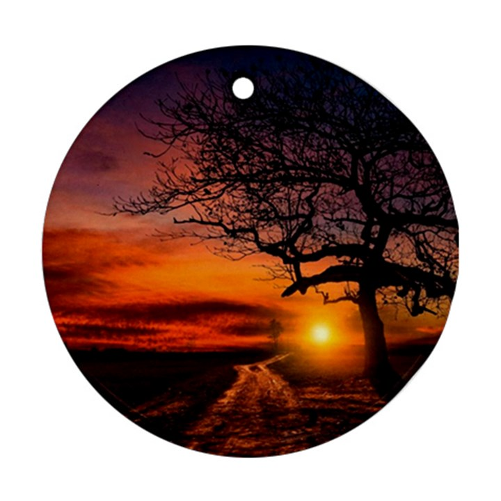 Lonely Tree Sunset Wallpaper Ornament (Round)