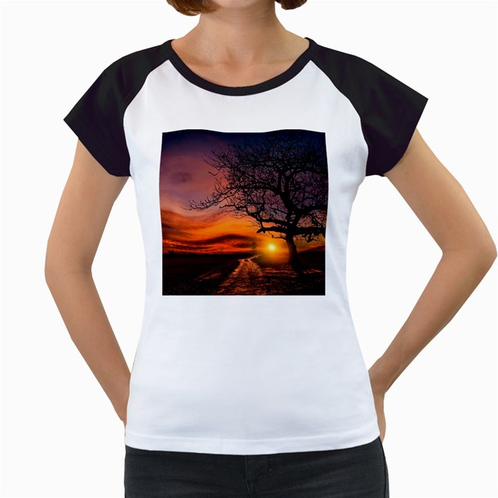 Lonely Tree Sunset Wallpaper Women s Cap Sleeve T