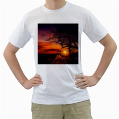 Lonely Tree Sunset Wallpaper Men s T-Shirt (White) (Two Sided)