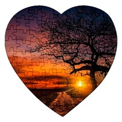 Lonely Tree Sunset Wallpaper Jigsaw Puzzle (Heart)