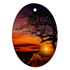 Lonely Tree Sunset Wallpaper Oval Ornament (Two Sides)