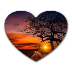 Lonely Tree Sunset Wallpaper Heart Mousepads