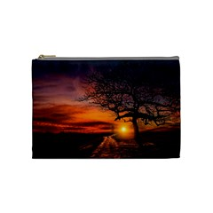 Lonely Tree Sunset Wallpaper Cosmetic Bag (Medium)