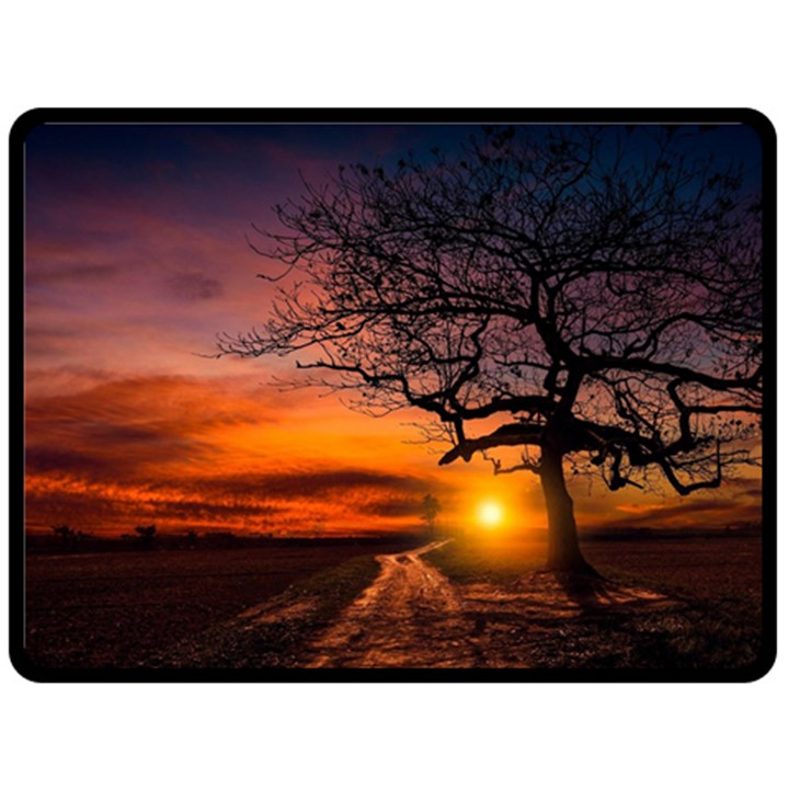 Lonely Tree Sunset Wallpaper Fleece Blanket (Large)