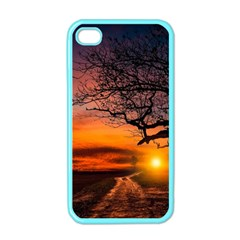 Lonely Tree Sunset Wallpaper Apple iPhone 4 Case (Color)