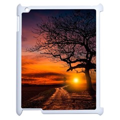 Lonely Tree Sunset Wallpaper Apple iPad 2 Case (White)