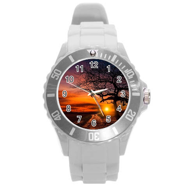 Lonely Tree Sunset Wallpaper Round Plastic Sport Watch (L)
