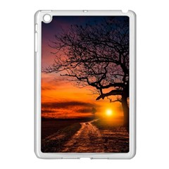 Lonely Tree Sunset Wallpaper Apple iPad Mini Case (White)