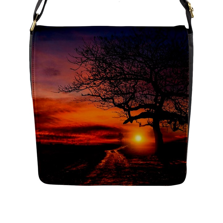 Lonely Tree Sunset Wallpaper Flap Closure Messenger Bag (L)