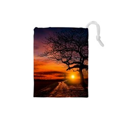 Lonely Tree Sunset Wallpaper Drawstring Pouch (Small)