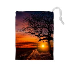 Lonely Tree Sunset Wallpaper Drawstring Pouch (Large)