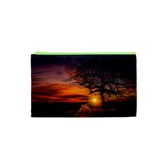 Lonely Tree Sunset Wallpaper Cosmetic Bag (XS)