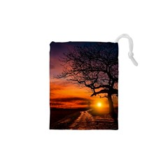 Lonely Tree Sunset Wallpaper Drawstring Pouch (XS)