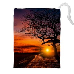 Lonely Tree Sunset Wallpaper Drawstring Pouch (XXL)
