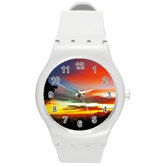 Sunset Mountain Indonesia Adventure Round Plastic Sport Watch (M)