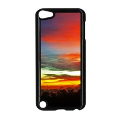 Sunset Mountain Indonesia Adventure Apple iPod Touch 5 Case (Black)