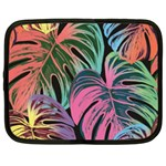 Leaves Tropical Jungle Pattern Netbook Case (XXL) Front