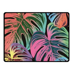 Leaves Tropical Jungle Pattern Fleece Blanket (small)