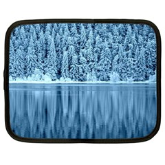 Snowy Forest Reflection Lake Netbook Case (xl)