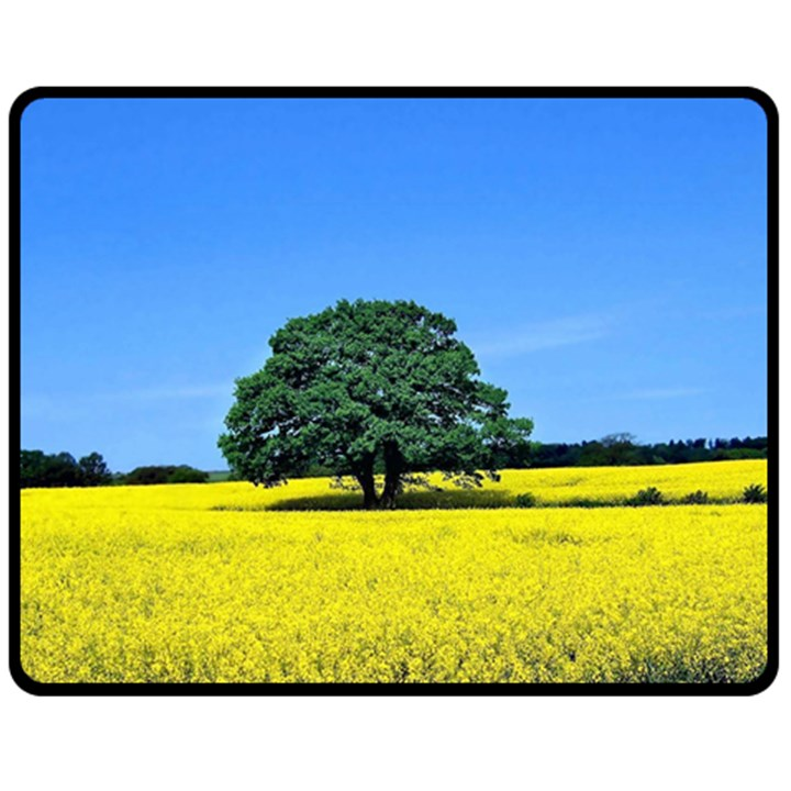 Tree In Field Fleece Blanket (Medium)