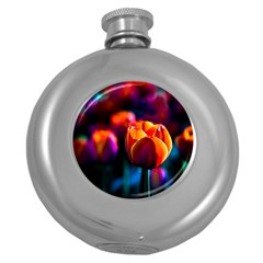 Red Tulips Round Hip Flask (5 Oz)
