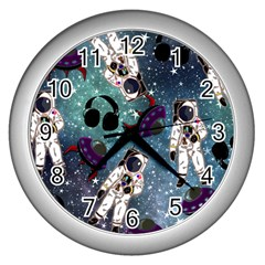 Astronaut Space Galaxy Wall Clock (silver)