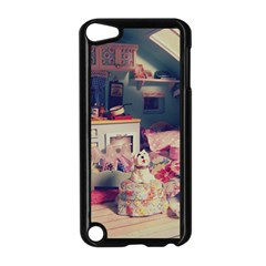 Caravan Apple Ipod Touch 5 Case (black) by snowwhitegirl