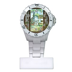 Town 1660349 1280 Plastic Nurses Watch