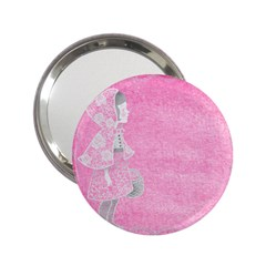 Tag 1659629 1920 2 25  Handbag Mirrors