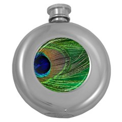 Peacock Feather Macro Peacock Bird Round Hip Flask (5 Oz)