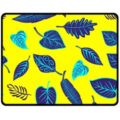 Leaves Pattern Picture Detail Double Sided Fleece Blanket (medium)
