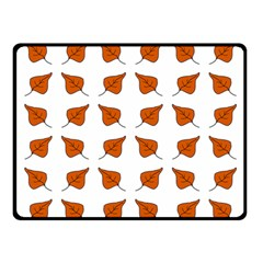 Pattern Fallen Leaves Autumn Fleece Blanket (small)