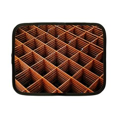 Metal Grid Framework Creates An Abstract Netbook Case (small)
