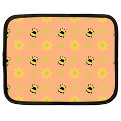Bee A Bug Nature Wallpaper Netbook Case (xl) by Sapixe
