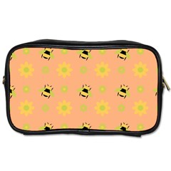 Bee A Bug Nature Wallpaper Toiletries Bag (one Side)