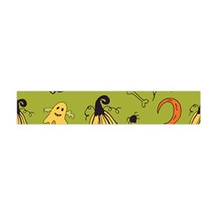 Funny Scary Spooky Halloween Party Design Flano Scarf (mini)